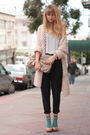 Pink-h-m-sweater-black-vince-pants-gray-olive-and-olivia-t-shirt-beige-ald