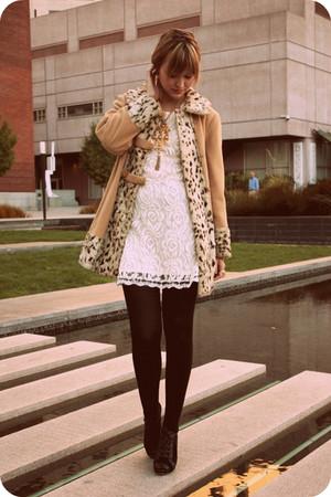 nude vintage coat - white Queens Wardrobe dress - gold vintage accessories