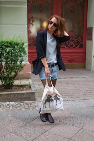 River Island blazer - H&M shorts
