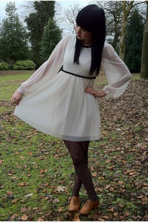 Urban Outfitters shoes - Topshop dress - new look tights