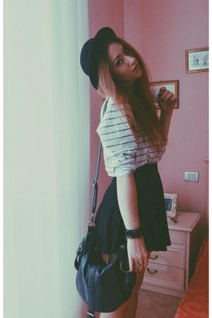 faux leather Bershka bag - H&M hat - black Bershka skirt