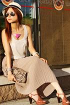 tan pleated skirt vintage skirt - light brown snake print Michael Kors bag