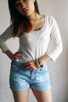 sky blue denim shorts - white lace collar top - gold accessories