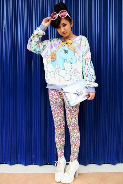 aquamarine pastel unicorn sweater - ivory Juice String boots