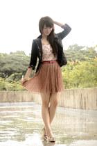 black floral SM GTW blazer - light pink floral lace SM GTW top
