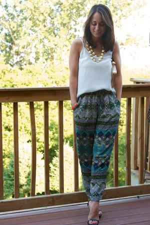 Aritzia pants - Aritzia top - Zara heels