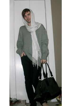 le chateau scarf - H&amp;M sweater - Levis jeans - H&amp;M purse