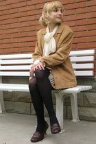 brown mum jacket - brown used shoes - white vintage Comme des Garcons shirt