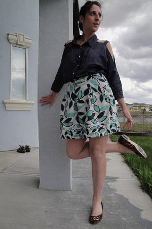 navy denim BCBG shirt - aquamarine print BCBG skirt - brown tiger stripe Via Uno
