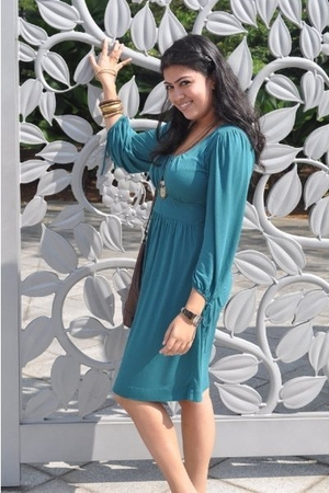 Mango dress - flea market necklace - purse - diva accessories - Michael Kors