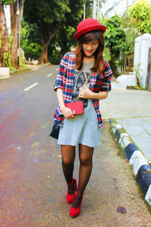 red Forever 21 hat - heather gray dress - red plaid Topshop shirt