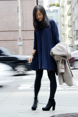 blue THE WHITEPEPPER dress - eggshell Zara coat - black tights