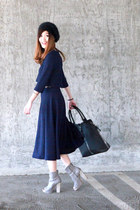 navy Chictopia top - black Zara hat - black Kenneth Cole bag