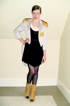 vintage coat - H&M top - vintage dress - CVS stockings - Steve Madden boots - di