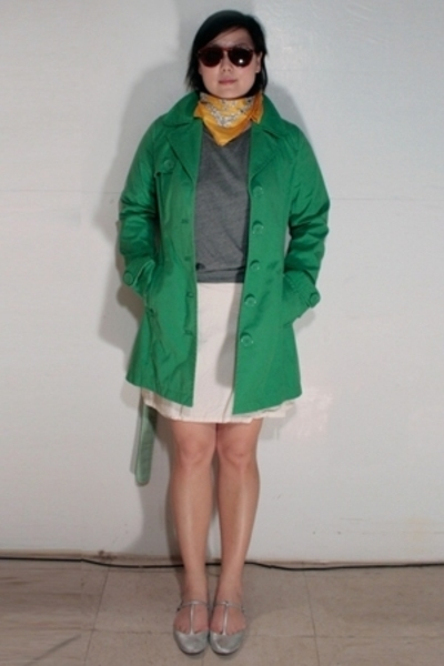 H&M coat - Forever21 top - H&M skirt - Richard Tyler shoes