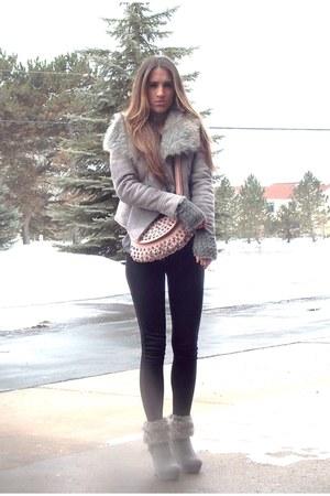 rue21 boots - armeni exchange coat - Forever21 leggings - vintage purse
