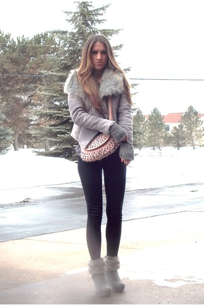 rue21 boots - armeni exchange coat - Forever21 leggings - vintage purse