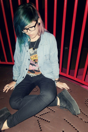 black creepers shoes - light blue denim jacket - black Harley Davidson top
