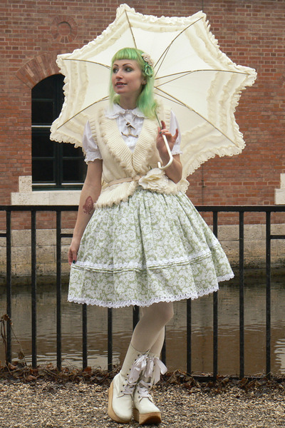 lime green lolita handmade skirt - off white parasol BTSSB accessories