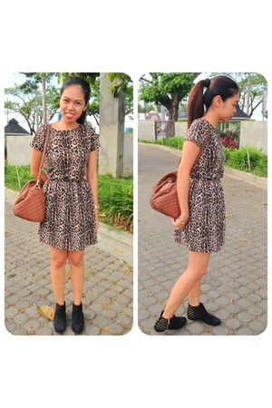 black suede studded Topshop boots - cotton on dress - brown Mango bag