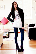 white Wildside t-shirt - black Jeffrey Campbell boots - navy Urban Planet jeans
