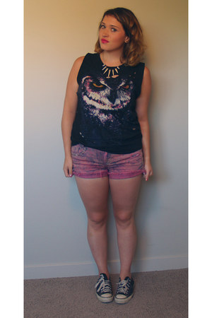 black owl Forever 21 shirt - pink studded DIY shorts - black Converse sneakers
