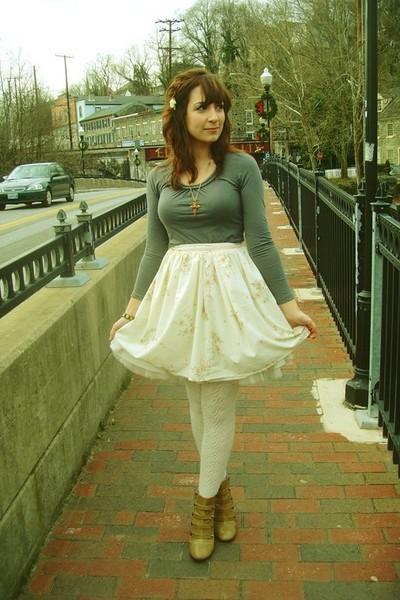 gray Forever 21 shirt - white Harrah skirt - white NA- eBay skirt - white kohls