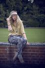 Black-h-m-pants-yellow-thirfted-blouse-beige-primark-shoes-silver-primark-