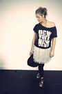 Black-h-m-t-shirt-gray-primark-skirt-black-primark-accessories-black-peaco