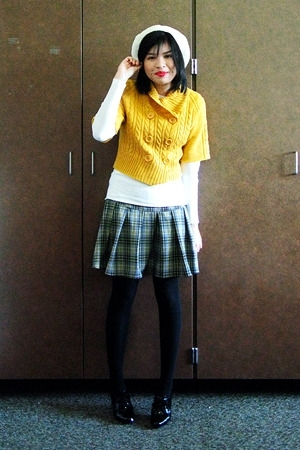 Bayo sweater - Mossimo shirt - human skirt - merona tights - thrifted shoes - me