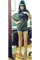 Topshop top - Vigan market hat - kashieca shorts - Topshop belt - Zara shoes