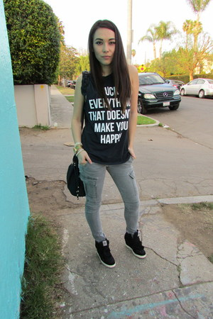 sleeveless Jac Vanek t-shirt - cargo PacSun pants - wedge ASH sneakers
