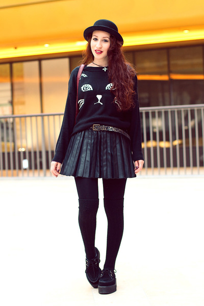 black kitty Sheinside jumper - black hat - light brown belt