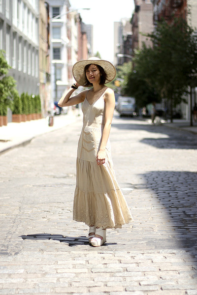 beige obey hat - beige vera wang shoes - beige Topshop dress