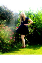 River Island dress - vintage belt - stockings - Newlook shorts