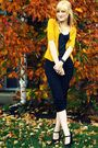 Gold-target-cardigan-black-old-navy-top-black-delias-pants-black-forever-2