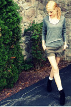 gray H&amp;M sweater - pink H&amp;M necklace - green Forever XXI shorts - gray Target so
