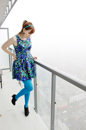 blue modcloth dress