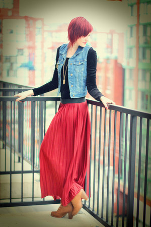 brick red silk Forever 21 skirt - tawny workkboots Forever 21 boots