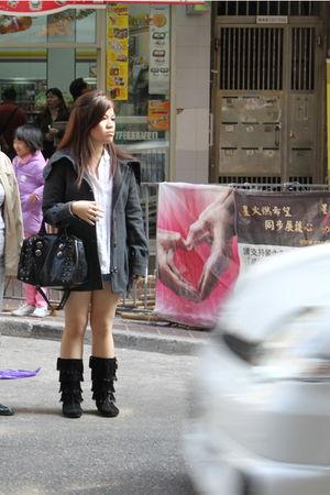 H&M blazer - Liz Claiborn blouse - Zara shorts - Aldo purse - Aldo boots