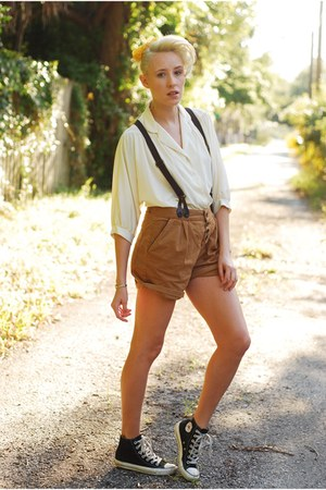 cream button up vintage blouse - suspender Zara shorts