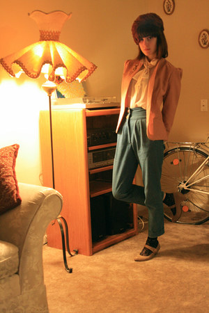 light pink vintage blazer - neutral modcloth shoes - black Forever 21 socks