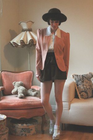 pink vintage blazer - white thrifted blouse - brown American Apparel California 