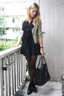 Black-lace-up-bagatt-shoes-black-chiffon-ruffle-vintage-dress-beige-zipper-z