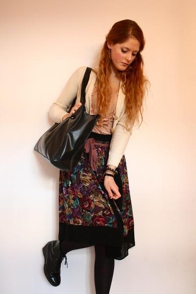 second-hand jacket - Mango top - vintage skirt - vintage purse - Wedins boots