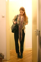 beige Zara jacket - black vintage purse - black vintage pants - black vintage bo
