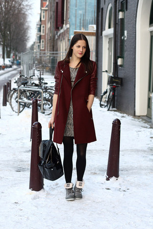 crimson leather sleeved Zara coat - heather gray Palladium boots