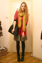 red Moschino blazer - brown vintage dress - black vintage purse - black H&M boot