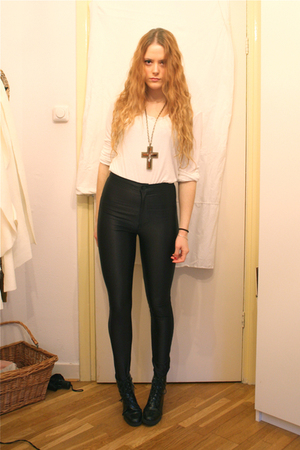 black American Apparel pants - white H&amp;M top - black Wedins boots - brown gift n