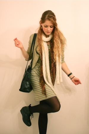beige Zara jacket - gray Filippa K dress - black vintage purse - black Wedins bo